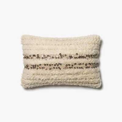 P0423 Ivory - Loma Threads