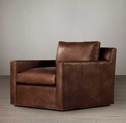 BELGIAN TRACK ARM LEATHER CHAIR - RH