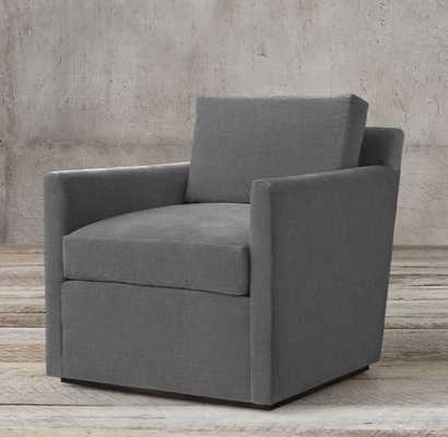 OLIVER TRACK ARM CHAIR - RH