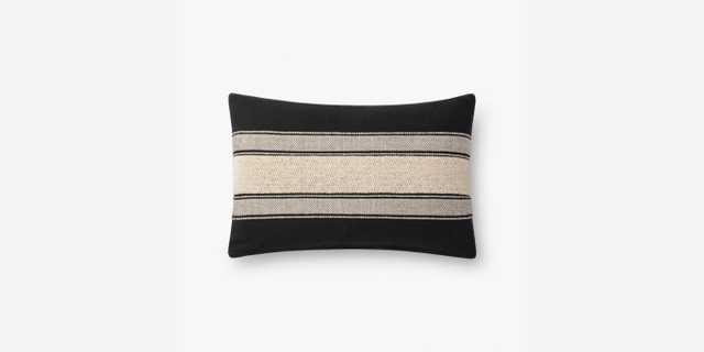P1116 MH BLACK / IVORY - Loma Threads