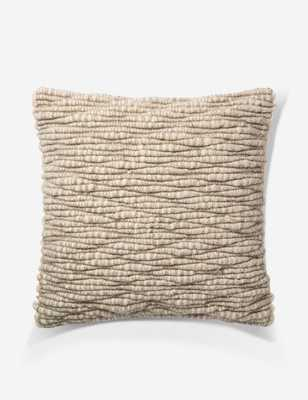COLMA PILLOW, NATURAL, ED ELLEN DEGENERES CRAFTED BY LOLOI - Lulu and Georgia