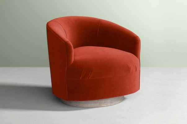 Amoret Swivel Chair Velvet in Cinnamon - Anthropologie