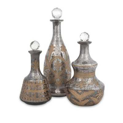 Acadia Glass Decanters - Set of 3 - Mercer Collection