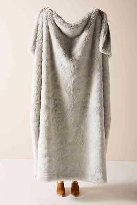 Fireside Faux Fur Throw Blanket- LIGHT GREY - Anthropologie