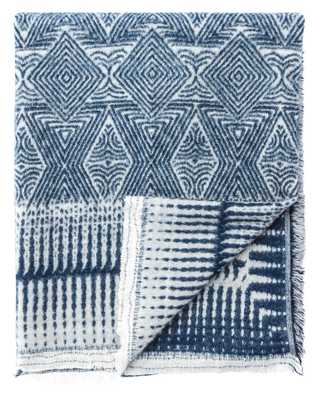 Hamlin Throw in Vaporous Gray & Dress Blues design by Jaipur - Burke Decor