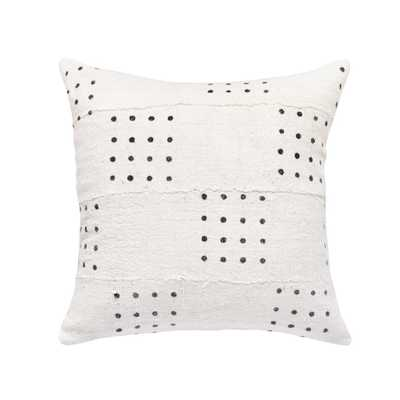 DOTTED MUD CLOTH PILLOW IN WHITE_with insert - PillowPia