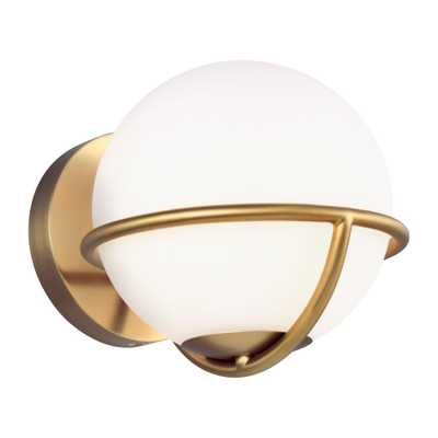 Visual Comfort Group Apollo 7.125 in. W 1-Light Burnished Brass Sconce - Home Depot