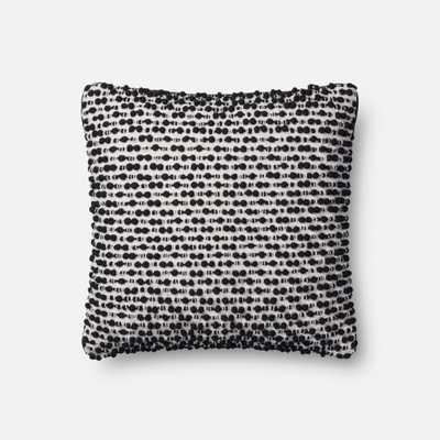 P1018 Mh White / Black - Loma Threads