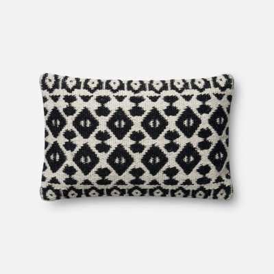 PILLOWS - BLACK / IVORY - Magnolia Home by Joana Gaines Crafted by Loloi Rugs