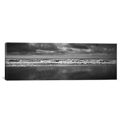 'Ocean' Photographic Print on Canvas - Wayfair