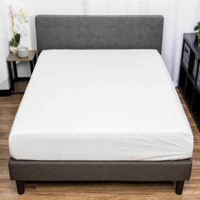 Gaspare Waterproof Full Mattress Protector with Zipper in White - Home Depot