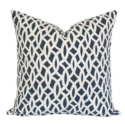 Chain Link Navy - 17x17 pillow cover (long lumbar) / pattern on both sides - Arianna Belle