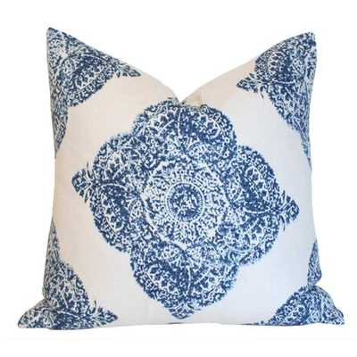 Medallion Indigo - 20x20 pillow cover / pattern on front, solid on back - Arianna Belle
