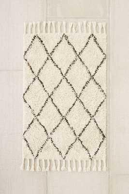 Felize Tassel Shag Rug - Ivory - 5' x 8' - Urban Outfitters