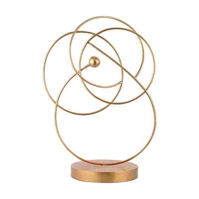 Decorative Wire Display - Rosen Studio