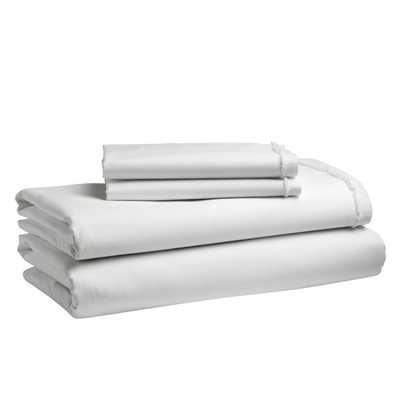 Organic Cotton Frayed-Edge Sheet Set - King - White - West Elm