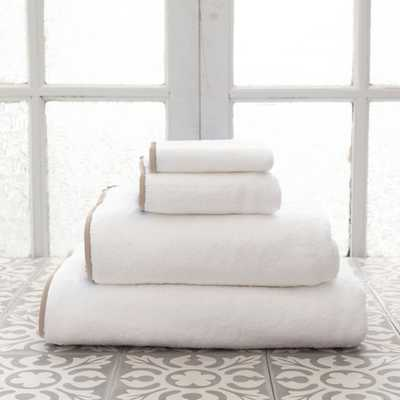 SIGNATURE BANDED WHITE/LINEN TOWEL - HANDTOWEL - Pine Cone Hill