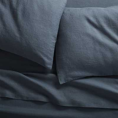 home/new/view all new/linen navy queen sheet set   linen navy full sheet set - CB2