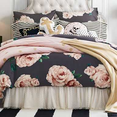 The Emily & Meritt Bed Of Roses Duvet Cover, Full/Queen, Black/Pink - Pottery Barn Teen