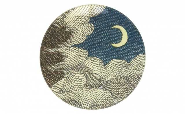 CLOUDS AND CRESCENT MOON PLATE - Jayson Home