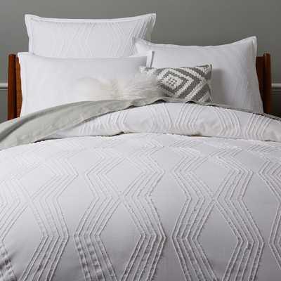 Roar + Rabbit™ Zigzag Texture Duvet Cover - White (King) - West Elm
