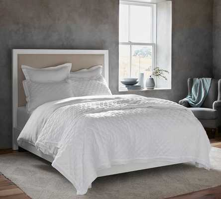 Montgomery Complete Bed, King, Pure White - Pottery Barn