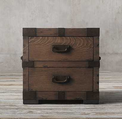 HEIRLOOM SILVER-CHEST 2-DRAWER SIDE TABLE - Antiqued Brown Oak - RH