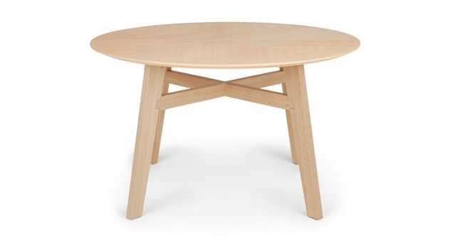 Ventu Light Oak Round Dining Table - Article