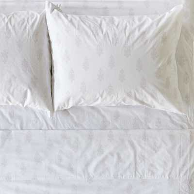 Rachel Ashwell Chandelier Crest Damask 100% Cotton Fitted Sheet Size: King - Perigold