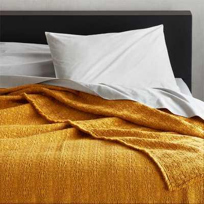 Prelada Golden King Blanket - CB2