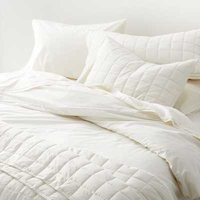 Mellow Pearl King Quilt - Crate and Barrel