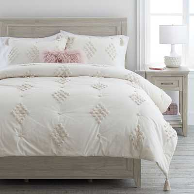 Luna Diamond Tufted Quilt, Full/Queen, Ivory - Pottery Barn Teen
