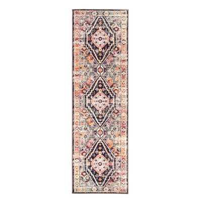 """Farra Indoor/ Outdoor Medallion Brown/ Pink Runner Rug (2'6""""X8') - Collective Weavers"""