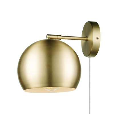 Novogratz x Globe Electric 1-Light Plug-in or Hardwire Matte Brass Wall Sconce with White Fabric Cord and Inline On/Off Rocker Switch - Home Depot