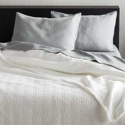 Prelada White Full/Queen Blanket - CB2
