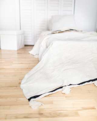 Moroccan Pom Pom Blanket - 59 x 98 inches - Etsy