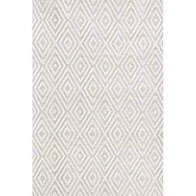 Diamond Platinum & White Indoor/Outdoor Area Rug - 6' x 9' - Wayfair