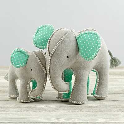 Unforgettable Elephants - Land of Nod