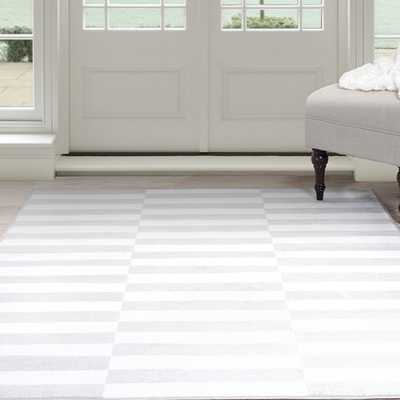 "Windsor Home Alternate Stripes Area Rug - Grey & White 5' x 7'7"" - Overstock"