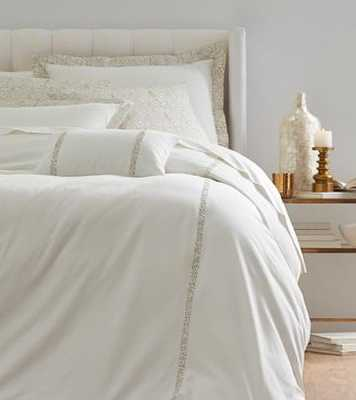 ROSECLAIR BEDDING SET - Home Decorators