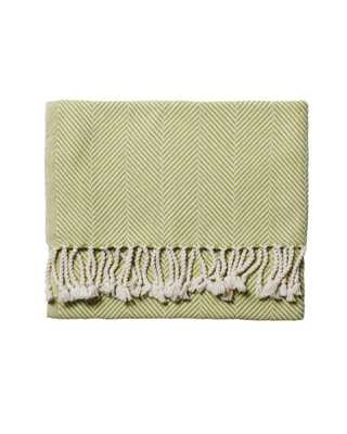 Brahms Mount Herringbone Throw – Apple - Domino