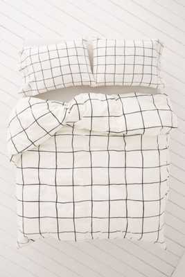 Wonky Grid Duvet Cover - Black/White - King - Urban Outfitters