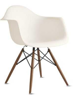 Eames® Molded Plastic Dowel-Leg Armchair (DAW) - Design Within Reach