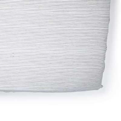 Petit Pehr Grey Pencil Stripe Crib Sheet - Giggle