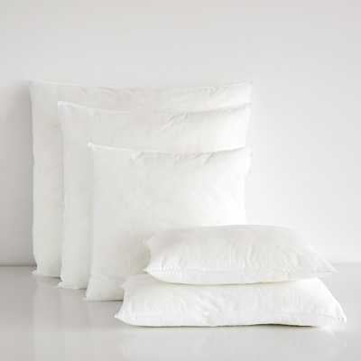 "PILLOW INSERT - 15,5 x 15,5 "" - Zara Home"