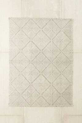 """Plum & Bow Tia Mark Making Printed Rug-8""""x10""""-Grey - Urban Outfitters"""