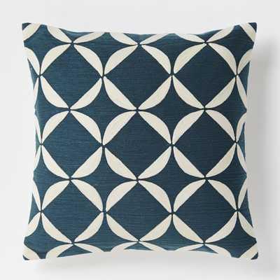 Crewel Circlet Pillow Cover &ndash - West Elm