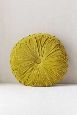 Round Pintuck Pillow - Green - Urban Outfitters