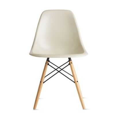 Eames® Molded Fiberglass Dowel-Leg Side Chair (DFSW) - Parchment with black/maple legs - Design Within Reach