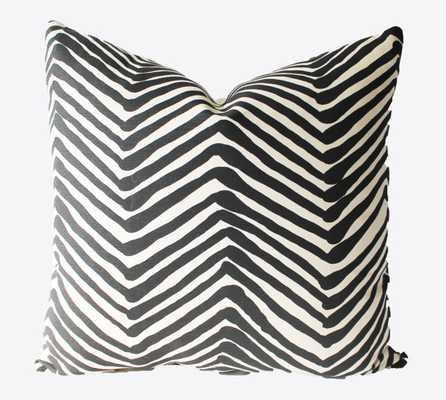 Decorative Zig Zag, 18 x18, Throw Pillow - no insert - Etsy